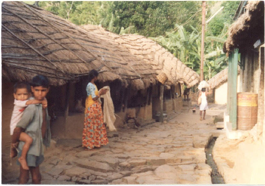 rural and urban life in india essay Essay on city life in india dark side of urban life: before industrial civilization the tendency was to look upon city life as a sort of privilege which men of great luck only could enjoy it was after industrial revolution that the cities were looked upon with an aversion and disgust one of the.